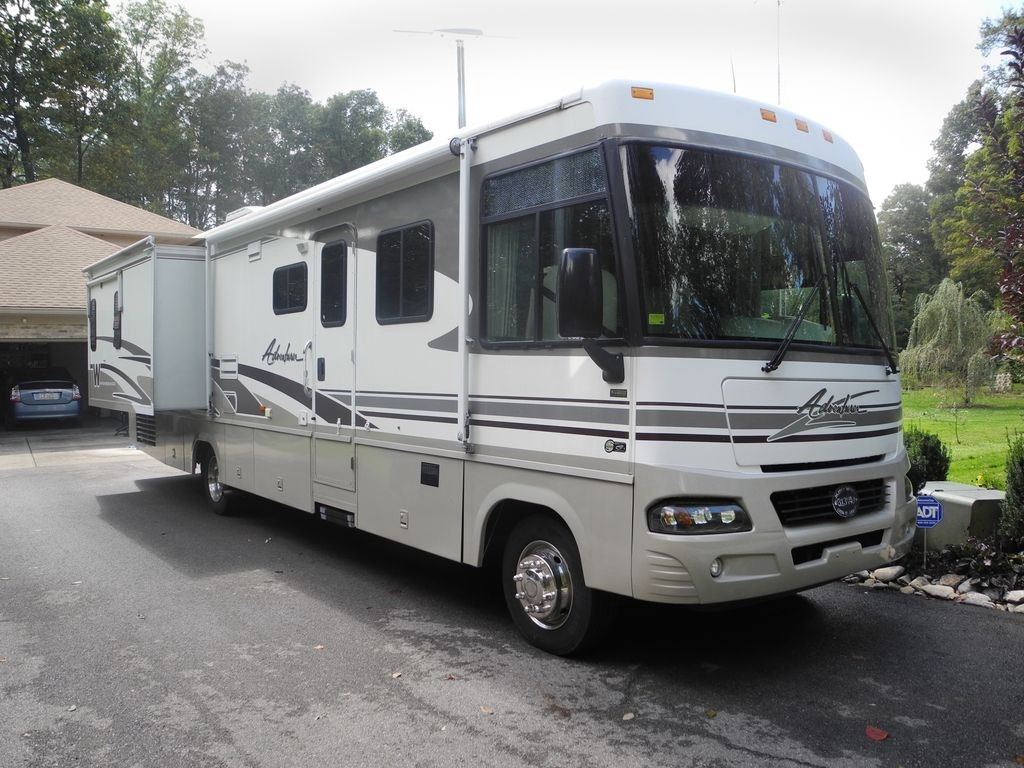 Our 2003 Winnebago Adventurer